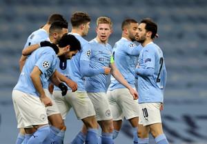 [UCL 리뷰] '포든의 승리 골'맨체스터 시티, 도르트문트에 2-1 승리 …